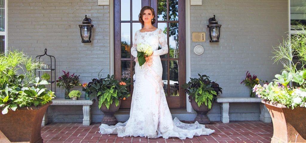 Plan your wedding at our elegant Michigan Wedding Venue